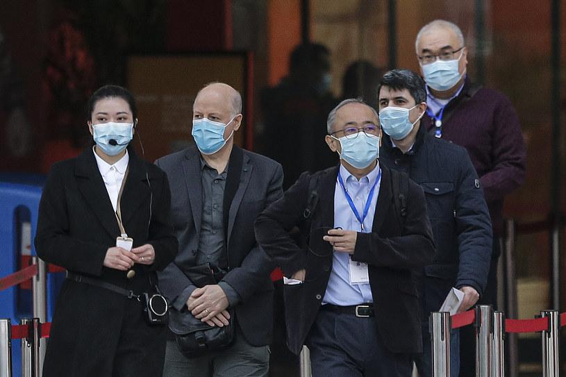 Eksperci WHO podczas misji w Wuhanie /STRINGER /Getty Images