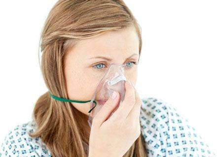Eksperci zalecają, by kobiety z astmą w ciąży kontrolowały swój stan co najmniej raz w miesiącu /© Panthermedia