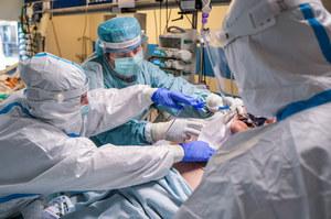 """Ekspert: Koronawirus doprowadzi do nowej """"epidemii"""", która dotknie nerki"""