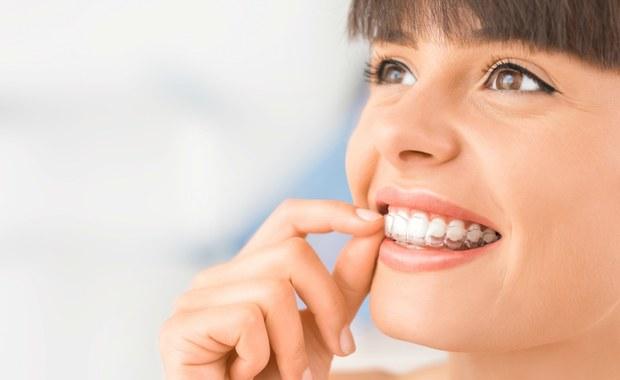 Ekspert: Ortodoncja może być estetyczna