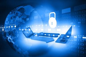 Ekspert: Walka informacyjna przeniosła się do cyberprzestrzeni