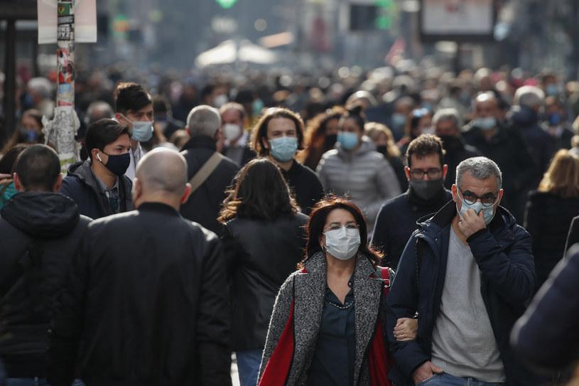 Ekspert włoskiego rządu uważa, że trzeba wprowadzić całkowity lockdown w Europie na kilka tygodni /Salvatore Laporta/KONTROLAB/LightRocket  /Getty Images