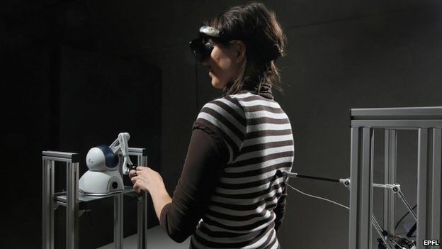 Eksperyment przeprowadzony przez szwajcarskich naukowców potwierdza, że duchy to tylko wytwór umysłu /materiały prasowe