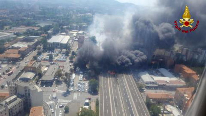 Eksplozja w Bolonii /Vigili del Fuoco /RMF/PAP