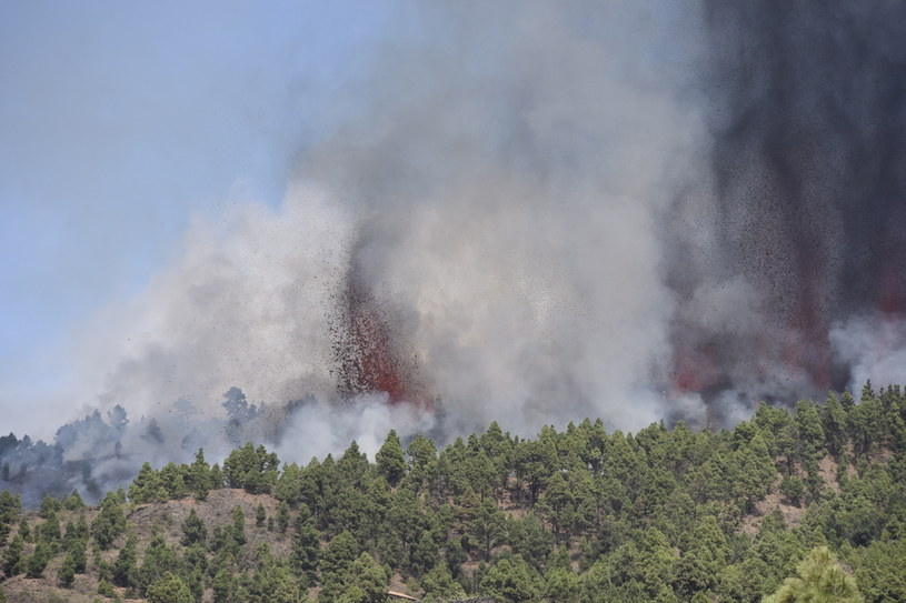 Eksplozja wulkanu na La Palmie /MIGUEL CALERO /PAP/EPA