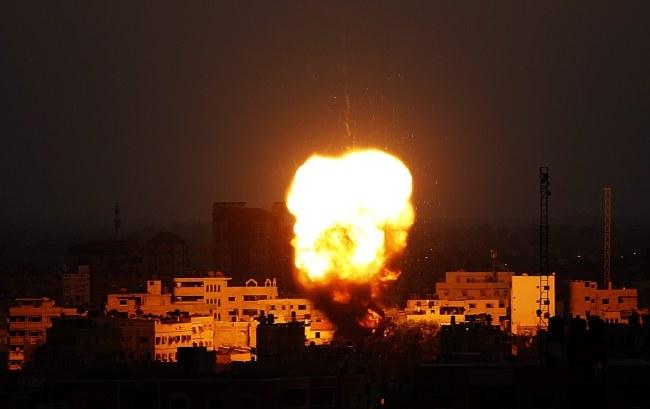 Eksplozje w Strefie Gazy /PAP/EPA/MOHAMMED SABER /PAP/EPA