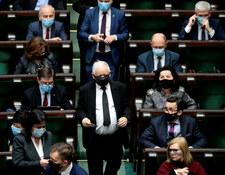 Ekspres legislacyjny PiS ostro wyhamował
