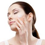 Ekspresowy lifting: 5 nowych kosmetyków