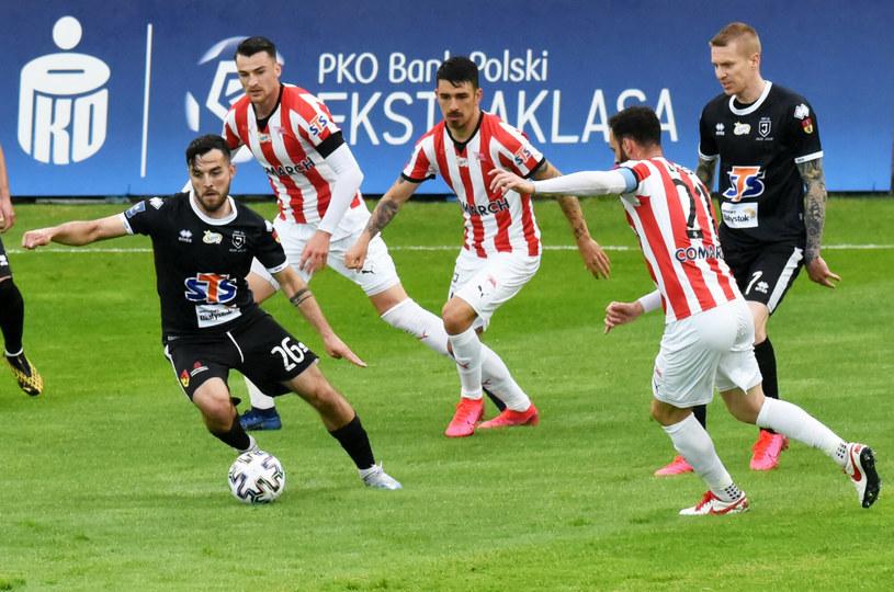 Ekstraklasa: 321 mln zł w roku pandemii dla PKO Banku Polskiego /Marek Lasyk  /Reporter