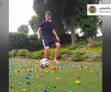 Ekstremalna gra w piłkę. Wystarczyło rozrzucić klocki Lego. Wideo