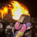 Ekstremalne igraszki z ogniem. Święto płonącej smoły