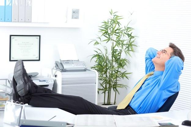 Elastyczny czas pracy zyskuje na popularności /123RF/PICSEL