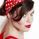 Elegancki makijaż i szminka podkreślą osobowość