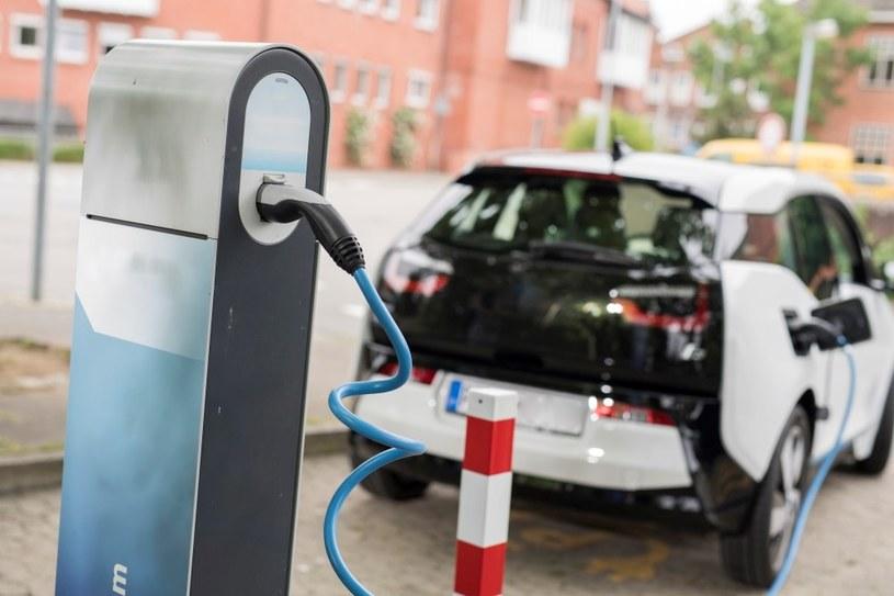 """""""Elektromobilni"""" mogą skorzystać z licznych dotacji i ulg podatkowych /materiały prasowe"""