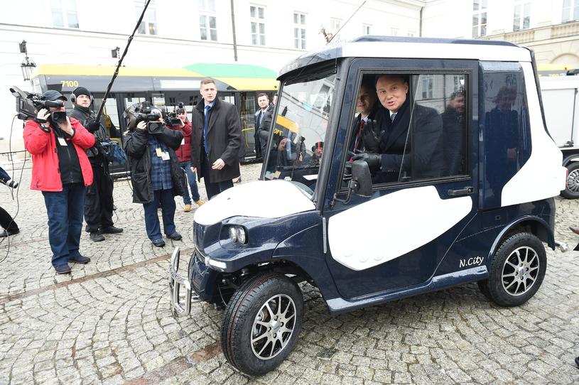 Elektromobilność aktywnie wspiera m.in. Andrzej Duda /Rafał Oleksiewicz /Reporter