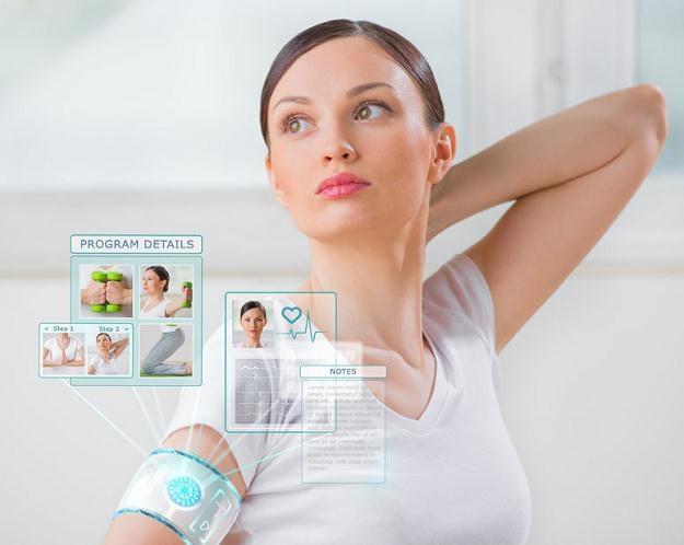 Elektronika noszona, czyli wearables, może poważnie zagrażać prywatności /©123RF/PICSEL