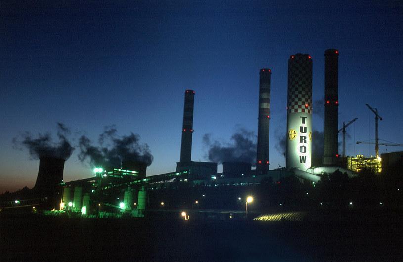 Elektrownia Turów (ilustracja 2002-2006) /Andrzej Sidor /FORUM