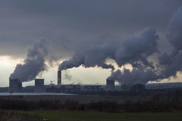 Elektrownia Turów - trzecia co do wielkości w Polsce węglowa elektrownia cieplna, opalana węglem brunatnym /Aleksander Koźmiński /PAP