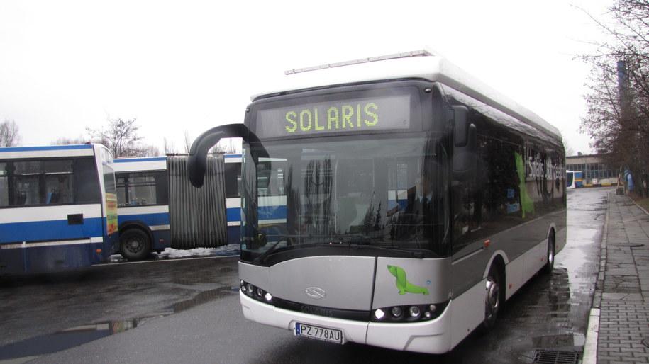 Elektryczny autobus, który wyjechał na ulice Krakowa /Maciej Grzyb /RMF FM