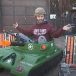 Elektryczny czołg-zabawka o mocy 479 KM