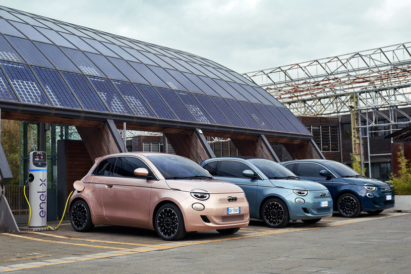 Elektryczny Fiat 500 /