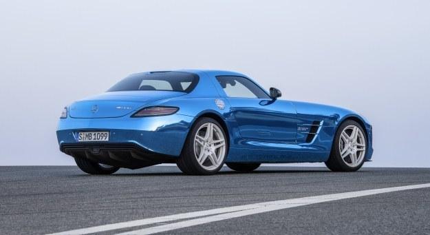 Elektryczny Mercedes SLS AMG /