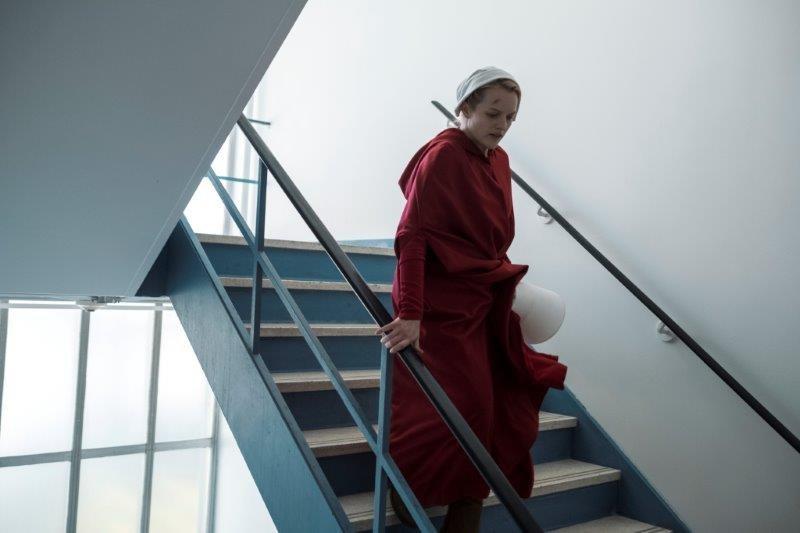 """Elisabeth Moss w 2. sezonie """"Opowieść podręcznej"""" /Showmax /materiały prasowe"""