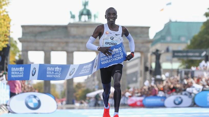Eliud Kipchoge podbija Berlin Marathon 2018 /Getty Images