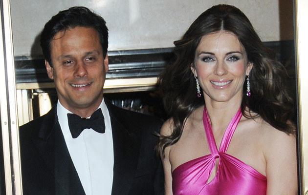 Elizabeth Hurley z mężem  /Splashnews