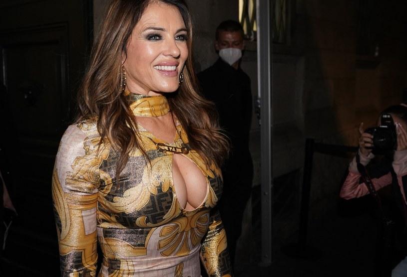 Elizabeth Hurley zaskoczyła zebranych sukienką / Mondadori Portfolio / Contributor /Getty Images