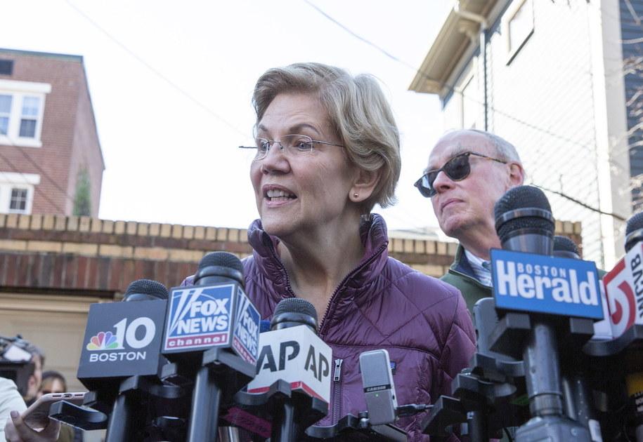 Elizabeth Warren podczas konferencji prasowej /CJ GUNTHER /PAP/EPA