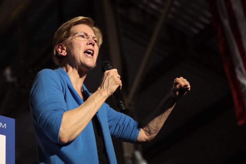Elizabeth Warren robi dobrą minę do złej gry w Detroit /AFP