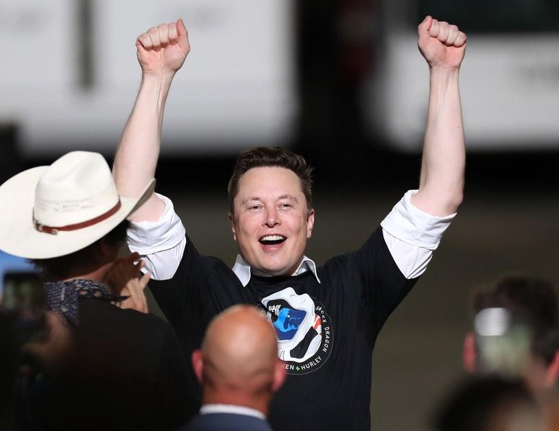 Elon Musk podaruje nam tańszy prąd? /AFP