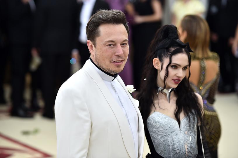 Elon Musk spotyka się z piosenkarką Grimes /AFP