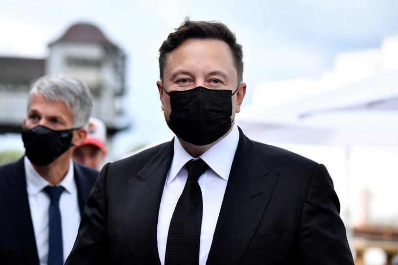 Elon Musk zakażony koronawirusem /TOBIAS SCHWARZ /AFP