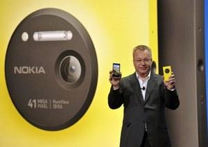 Elop bogatszy o 25,5 mln dol. dzięki przejęciu Nokii przez Microsoft