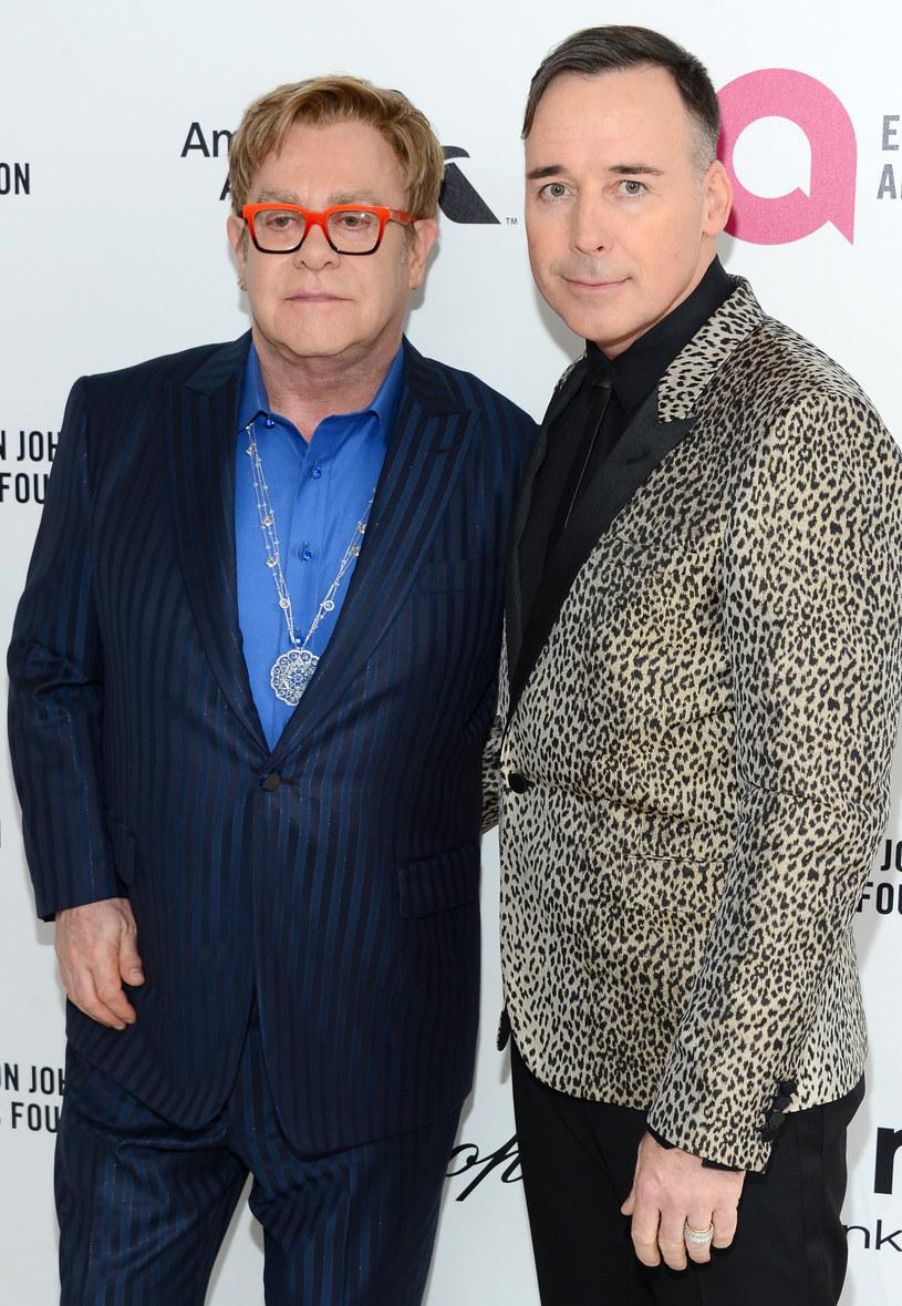 Elton John i David Furnish /Mark Davis /Getty Images