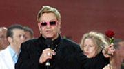 Elton John na balu