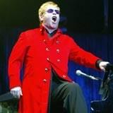 Elton John przeprasza Madonnę /AFP