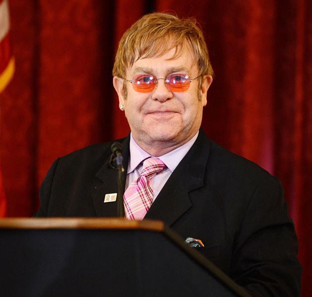 Elton John to najbardziej rozpoznawalny homoseksualista na świecie /Michael Kovac /Getty Images