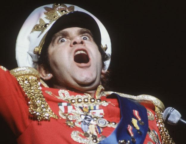 Elton John w szalonych latach 80. fot. Hulton Archive /Getty Images/Flash Press Media