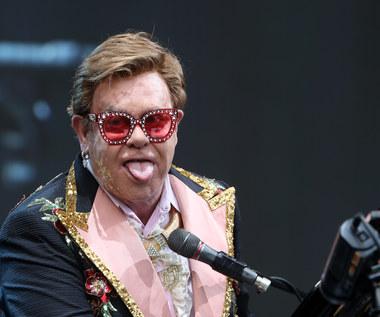 """Elton John wydaje autobiografię """"Ja"""": Licencja na złe zachowanie [FRAGMENT]"""