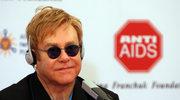 Elton John zdruzgotany