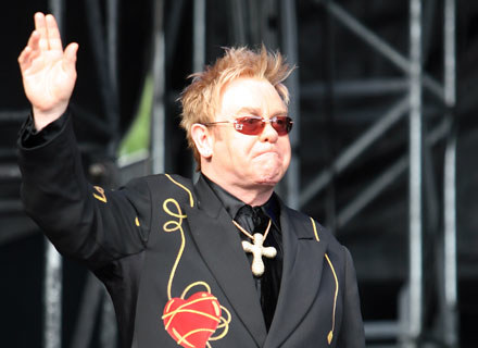 Elton John żegna się z prezesurą w Watford FC /Getty Images/Flash Press Media