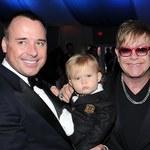 """Elton John znów tatą? """"To nieprawda"""""""