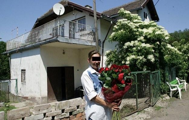 Elżbieta B. może niebawem stracić dom /Gola /East News