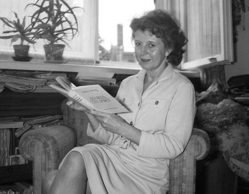Elzbieta Barszczewska w swoim mieszkaniu, Warszawa maj 1969 /Danuta B. Lomaczewska /East News/ Zeppelin