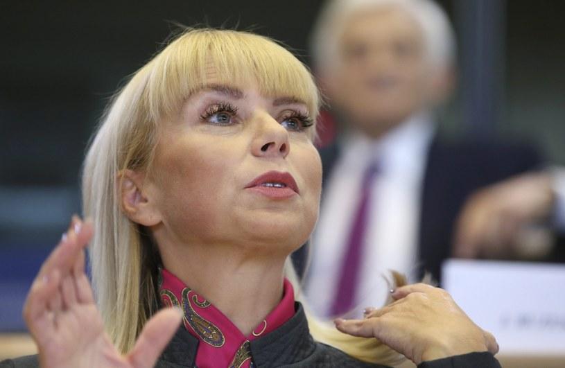 Elżbieta Bieńkowska była podczas przesłuchania /PAP/EPA