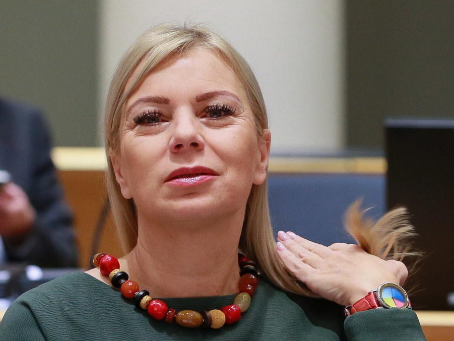 Elżbieta Bieńkowska wypowiedziała się na temat nowelizacji ustawy o SN /STEPHANIE LECOCQ  /PAP/EPA