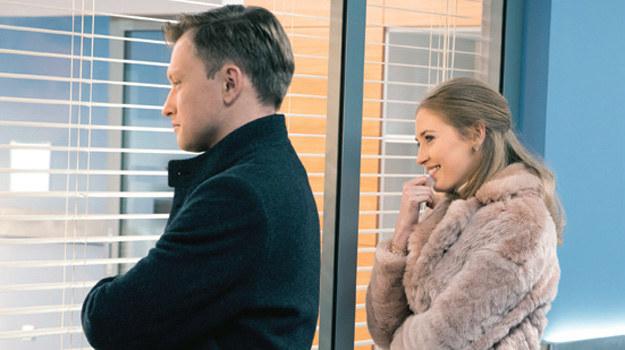 Elżbieta i Igor spotkają się w szpitalu u umierającego chłopca. /Świat Seriali